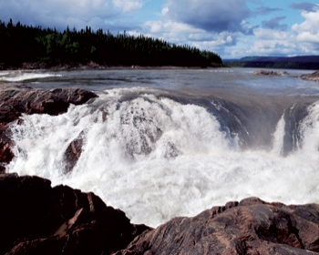 The Canadian government is providing a loan guarantee for the construction of an 824-MW hydropower project at Muskrat Falls.
