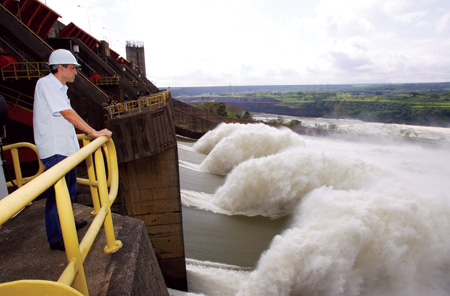 The 14,000 MW Itaipu hydroelectric facility, on the Parana River on the border between Brazil and Paraguay, supplies 16.99% of the energy consumed in Brazil and 72.92% of the Paraguayan demand.