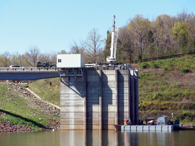 The discharge tower at Jordan Dam is the site of the Jordan hydroelectric project, where two turbines installed in power modules provide a total generating capacity of 4.4 MW.