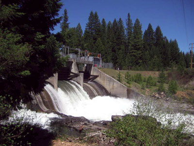 Spill from North Fork Reservoir sends water to the powerhouses at Prospect Nos. 1, 2, and 4.