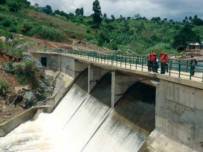 The Paidha plant boasts a 75 meter-long concrete gravity dam with a 48 meter-long bridge.