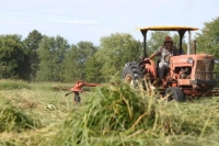 From Grass in the Field to Fuel in the Hopper: On-Farm Grass Energy is an Opportunity for Farmers