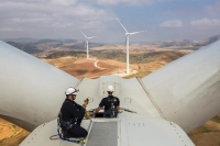 Wind Turbine Maintenance: Protecting Your Investment