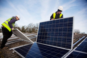 Analysis: Ratepayers Foot the Bill for Utilities' Push Against Rooftop Solar