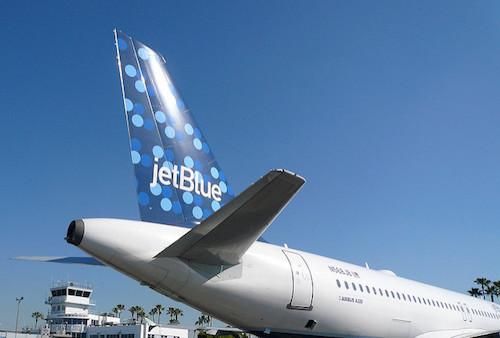 jetBlue Makes Record-setting 330-Million Gallon Renewable Jet Fuel Order