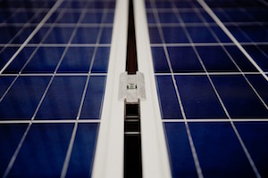 US Solar Index Declines Estimated 29 Percent Through April