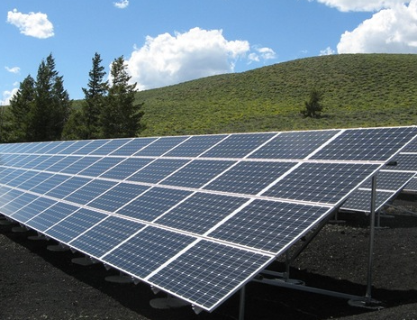 Solar Boom: 5 Leading Reasons for the Industry's Growth