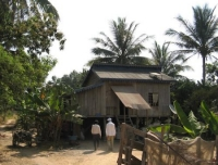 Off-Grid Solar Solutions Shine in Low-income Rural Cambodia