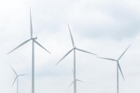 US Wind Energy Output Breaks Records