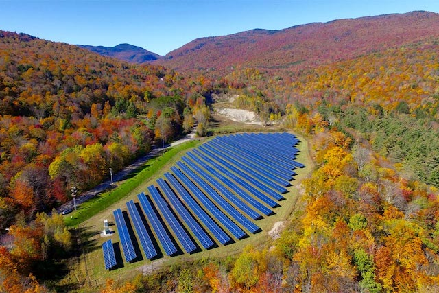Encore worked with the Town of Stowe Electric Department to deliver a 1.4MWp solar project for the utility.