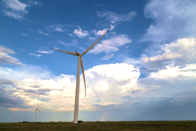 For Ohio farmers, wind turbine revenue helps take the sting out of a 'bad' year