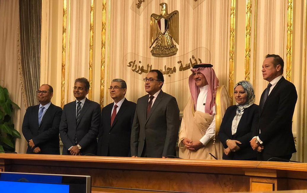 The signing took place under the patronage of His Excellency Dr. Mostafa Madbouly, Prime Minister of Egypt; His Excellency Osama Naqli, the Ambassador of the Kingdom of Saudi Arabia at Egypt; and Dr. Mohamed Shaker, Egyptian Minister of Electricity and Renewable Energy