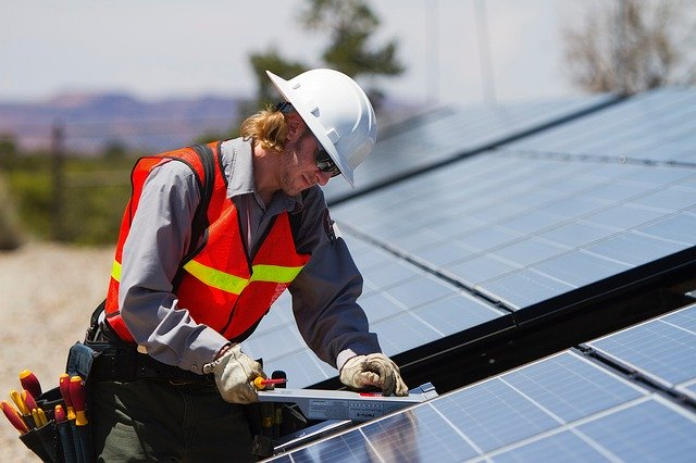 On Minnesota rooftops, 'essential' work continues for solar installers