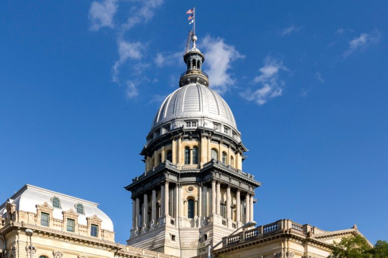 Illinois legislation could free towns from dirty power but not the payments