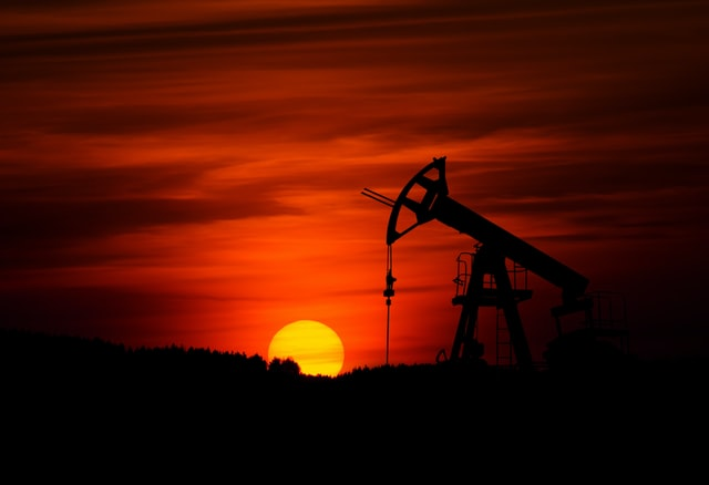 US oil and gas companies should consider redirecting investments from new drilling to renewable energies